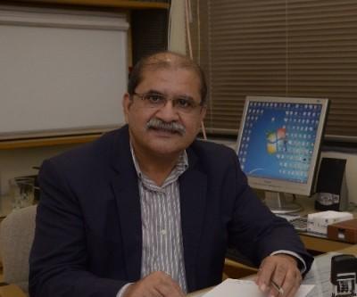 Dr Khalid Hussain